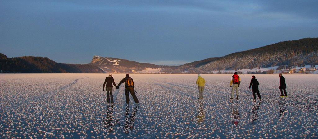 冬季的汝拉山谷© Martin Arnet