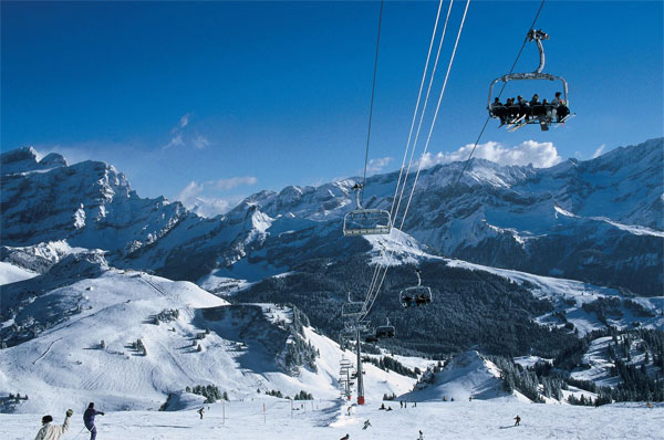 瑞士日内瓦湖区维拉尔-莱迪亚布勒雷旅游